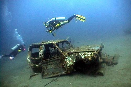 Sunken Cars 4 cars